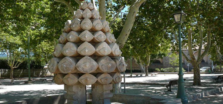 Pignans : fontaine de la Pigne