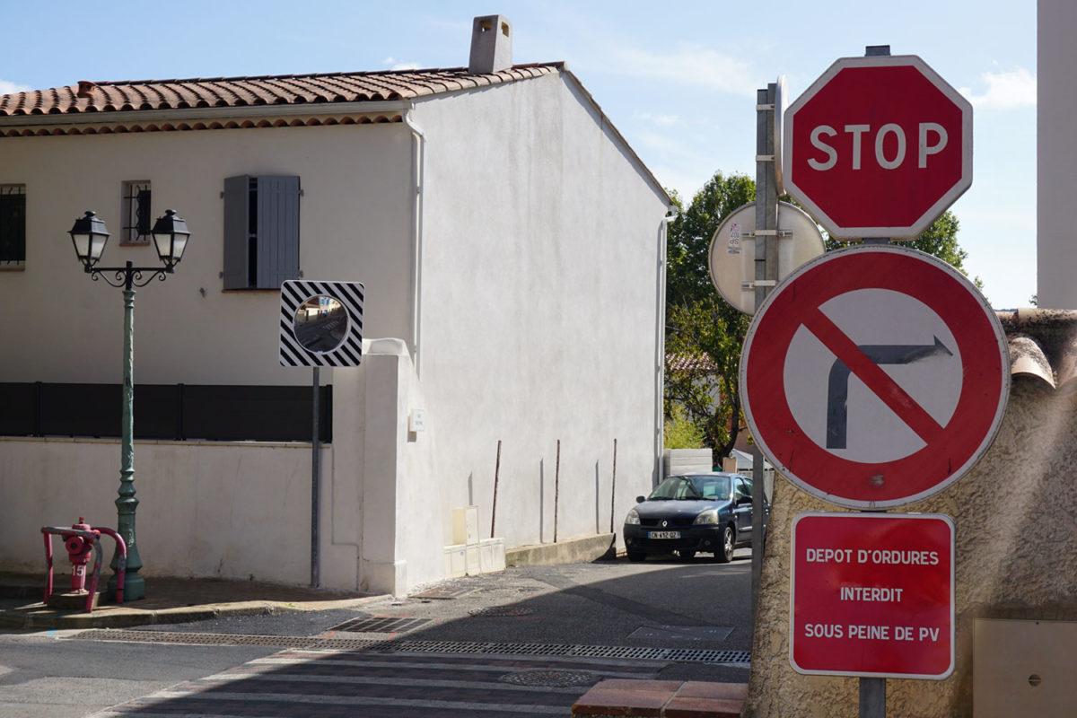 [Travaux] Miroir de signalisation – Parking mairie / Rue des maisons neuves
